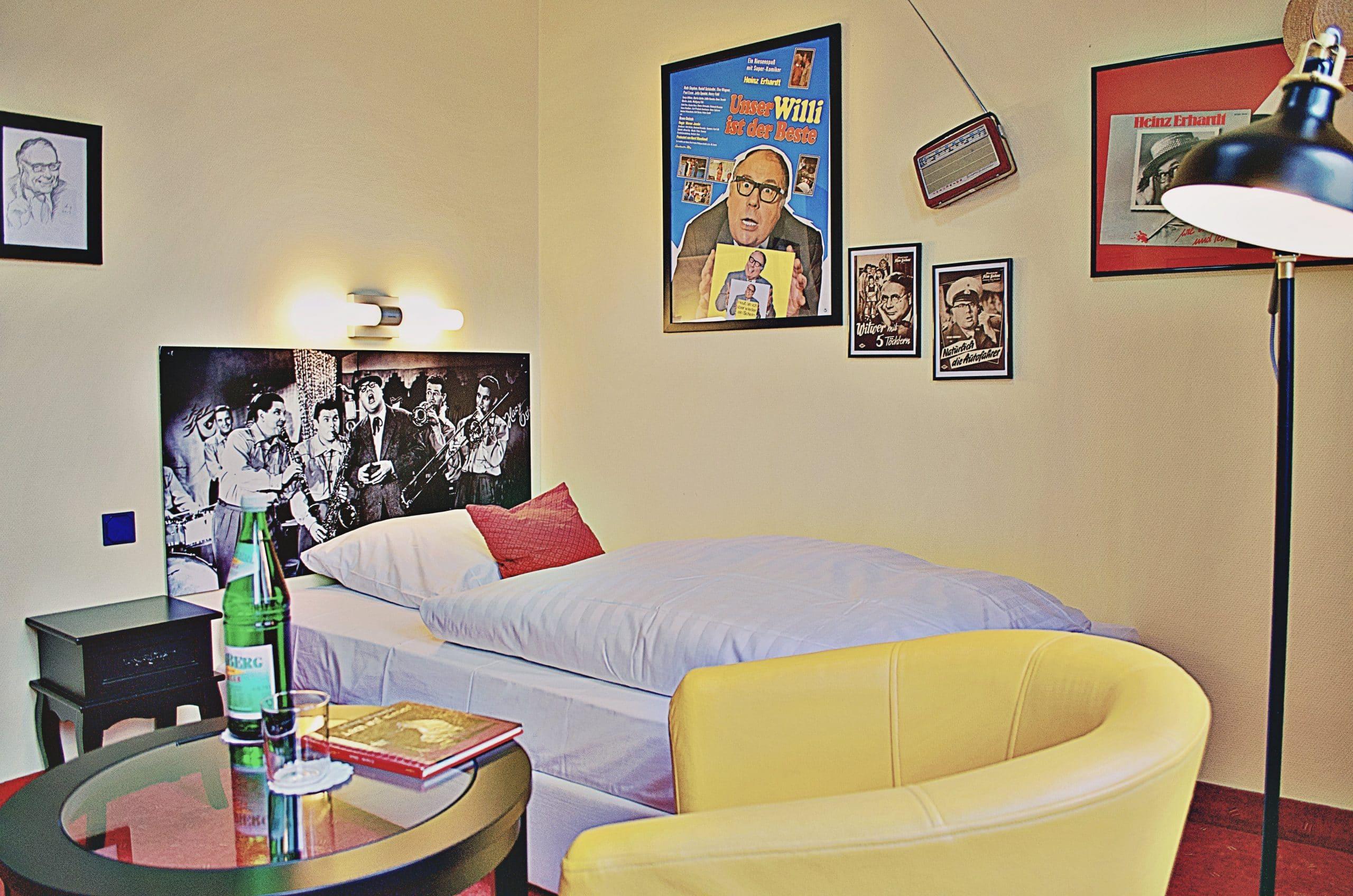 Retro Erst-Hotel Lünen Heinz Erhardt Zimmer
